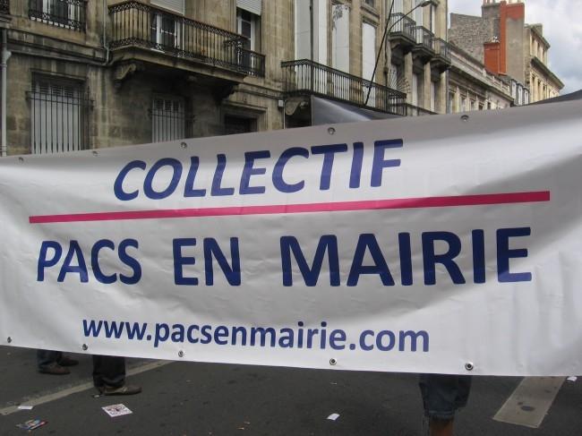 PACS EN MAIRIE.jpg